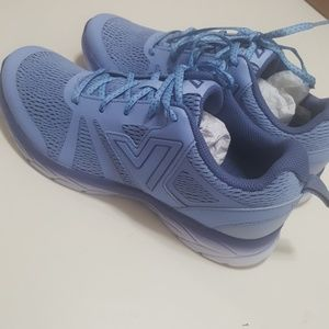 New Vionic 8 medium tennis shoes  (335 miles)